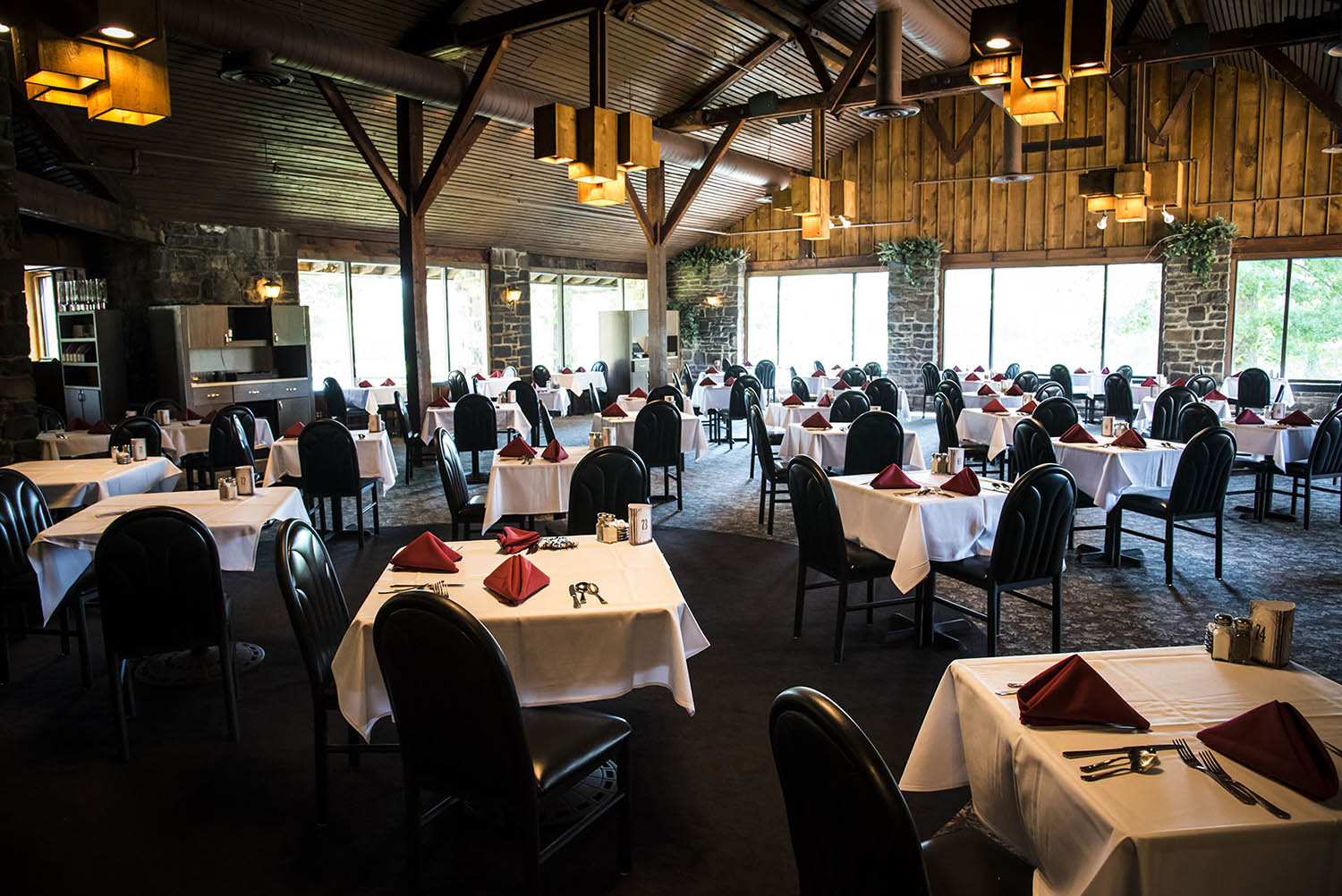 Romantic Dining In The Poconos Cove Haven Resorts