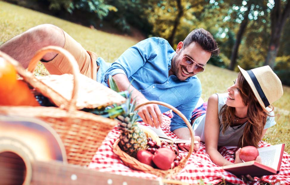 Plan a Romantic Picnic Date at Cove Haven