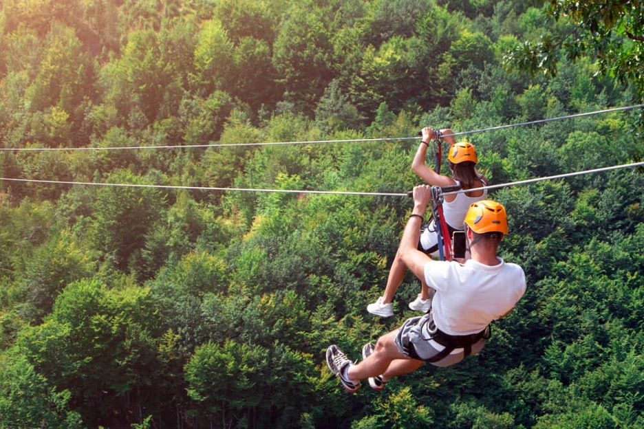 Things to Do in the Poconos in Summer for Adventurous Couples